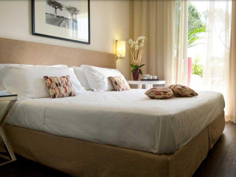 hotel-mondial-camera-marina-di-pietrasanta