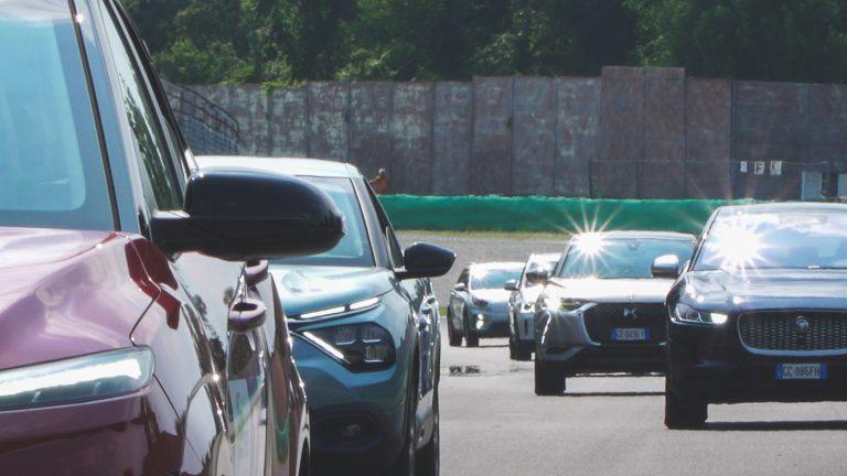 ERaid - le auto partecipanti sul circuito di Monza